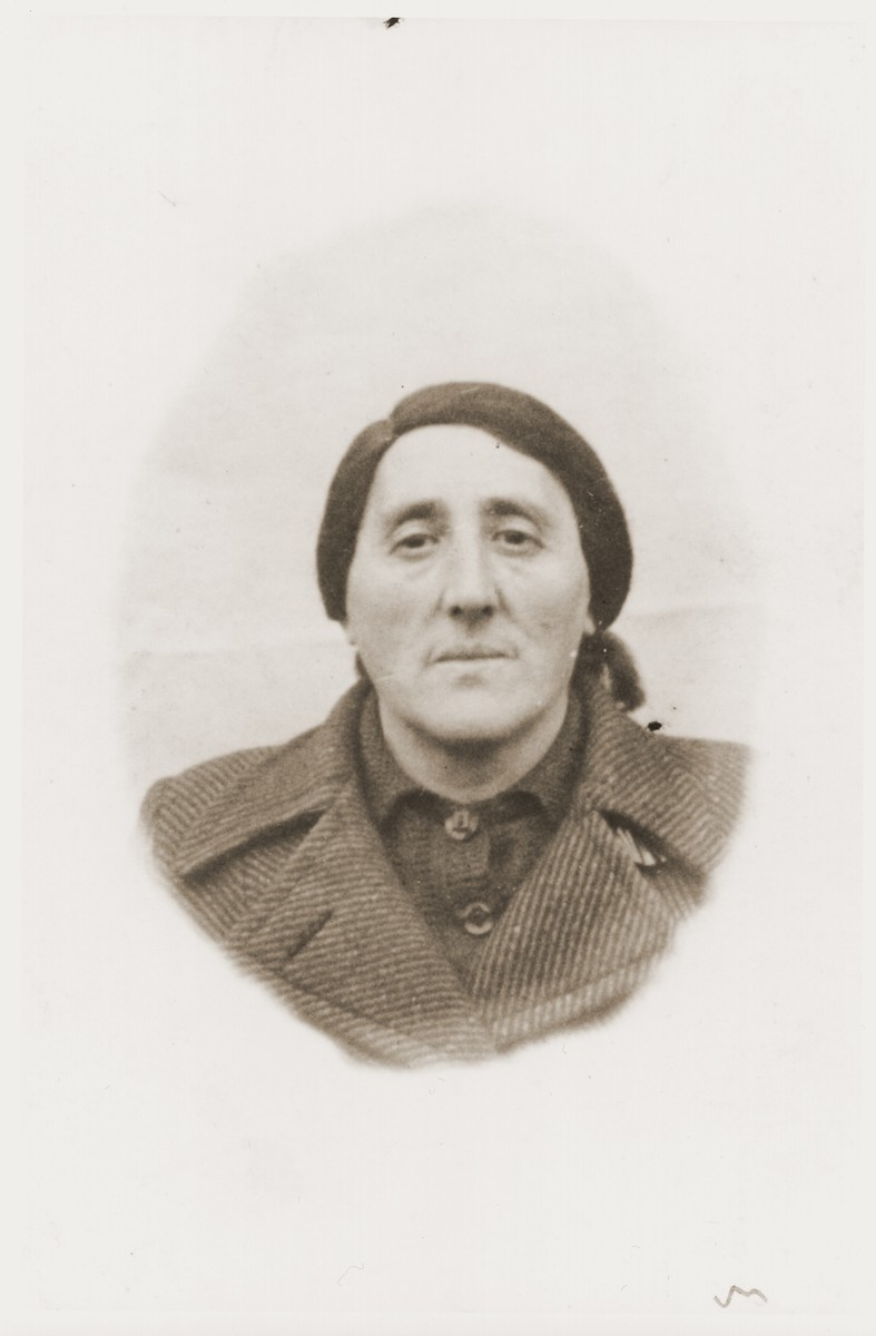 ID photo of Frumet Silbiger taken in the Nowy Sacz ghetto.