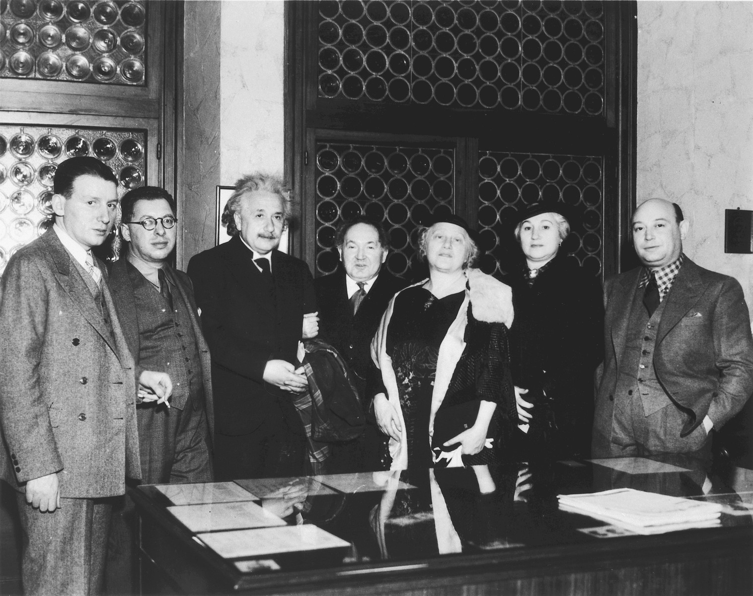 Albert Einstein meets with a group of American Zionists and scientists.  From left to right are Judah Leman, Leo Herrmann, Albert Einsein, Leopold Godowsky, Elsa Einstein, Mrs. Morros, and Borris Morros.