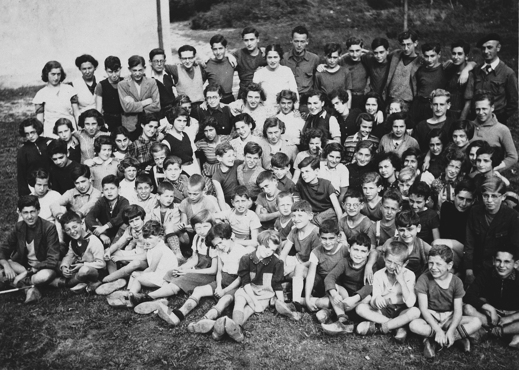 Group portrait of children at the home in Seyre.