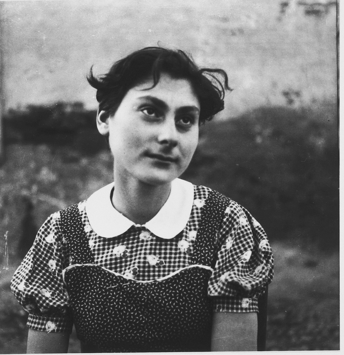 Portrait of Ruth Klonover (later Tamir) in the la Hille children's home.