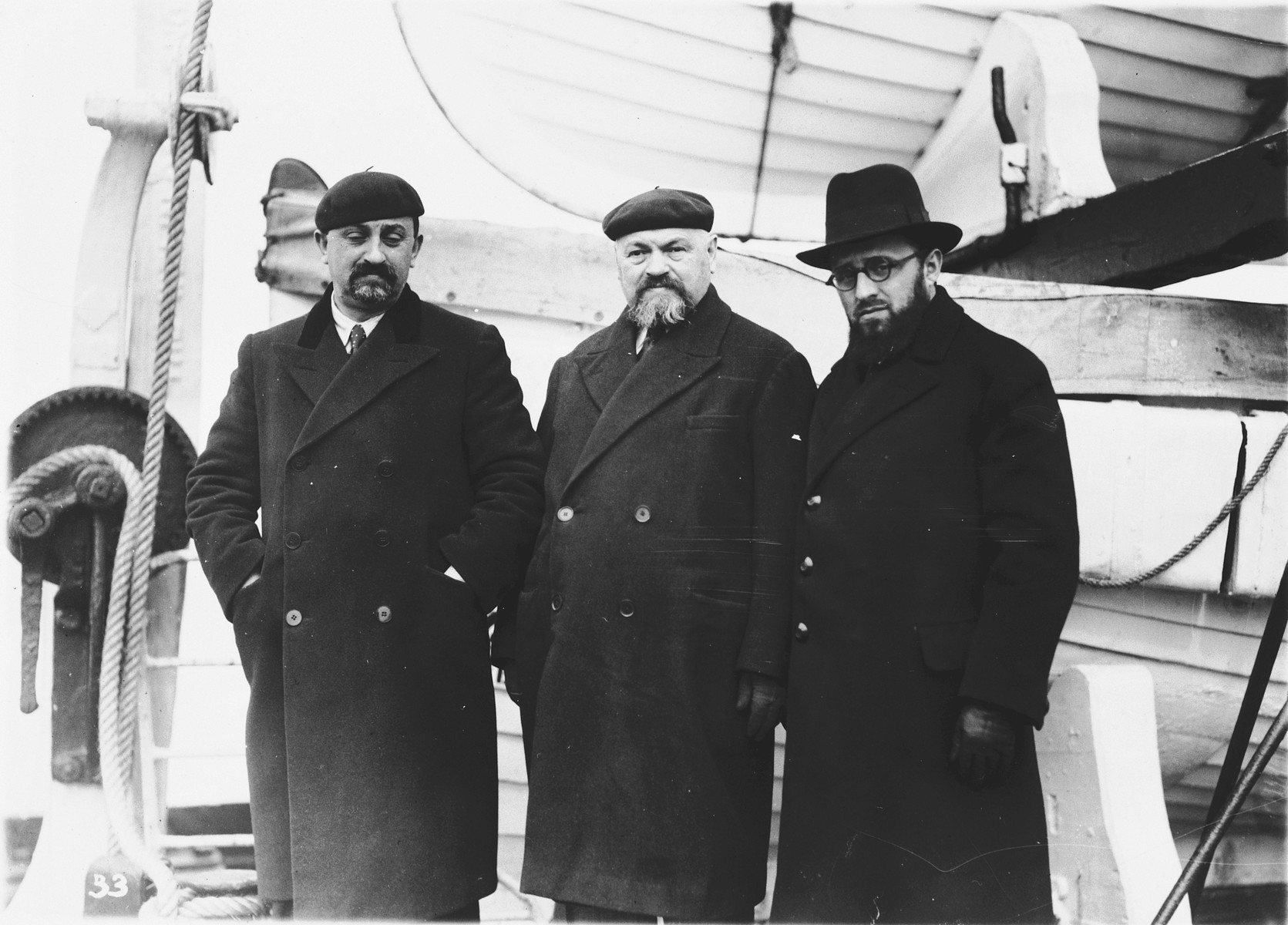 Shlomo Zalman Shragai, a leader of the Poel Hamizrachi and the Jewish Agency, arrives in New York harbor accompanied by Meyer Berlin.