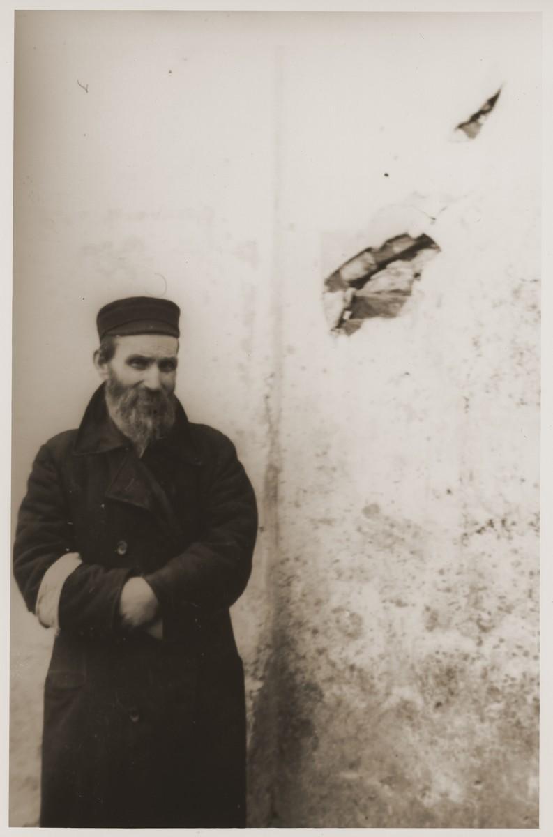 Portrait of a Jewish man in the Bedzin ghetto.