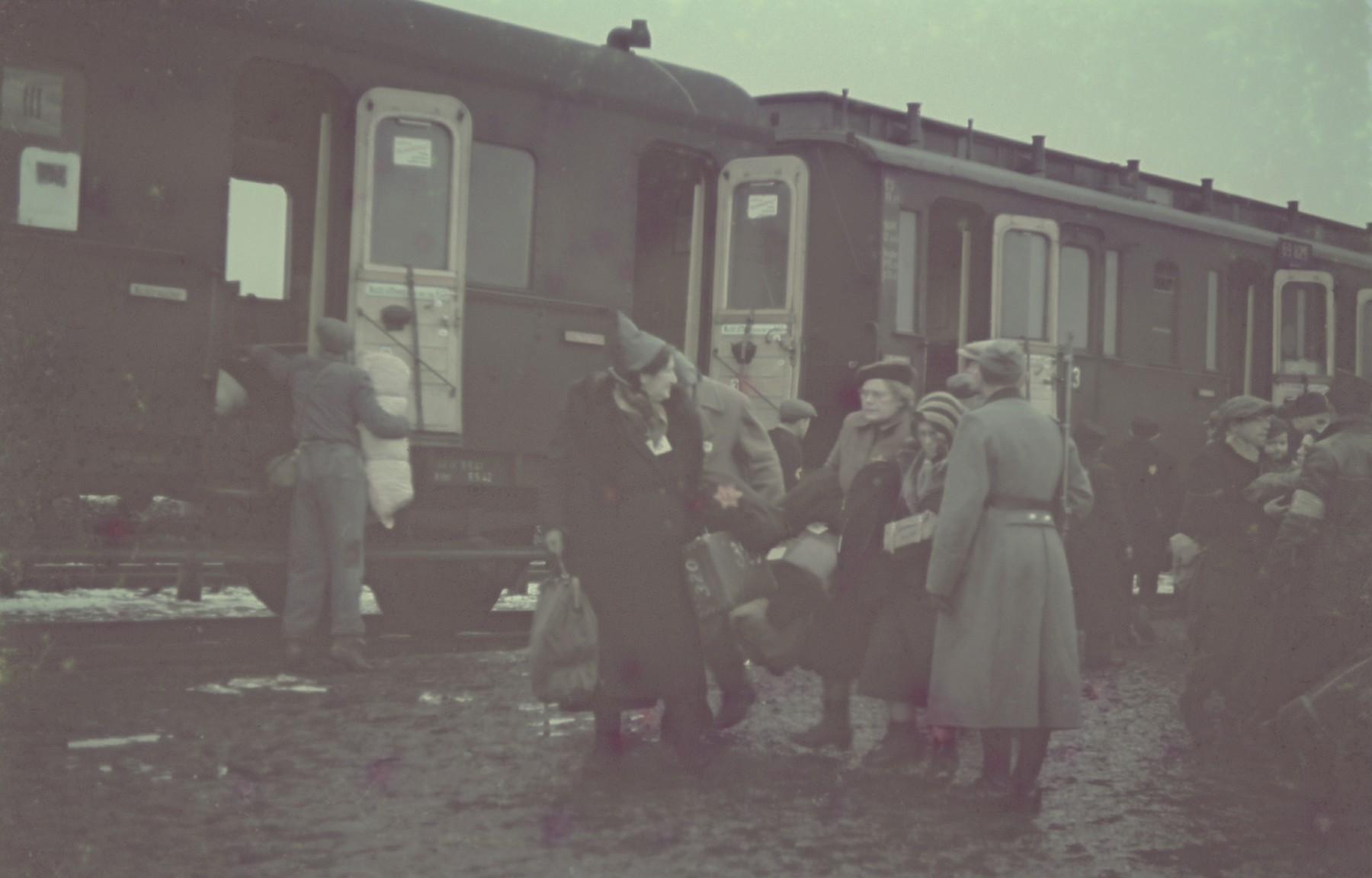"Arrival of Jews [probably from Central Europe] to the Lodz ghetto.  Original German caption: ""Judenaussiedlung"" (Jewish resettlement), #116."
