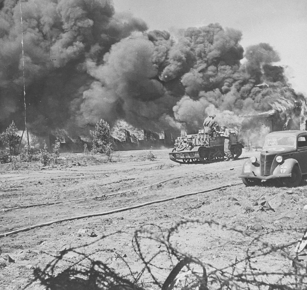 British troops destroy camp no. 1 in Bergen-Belsen.