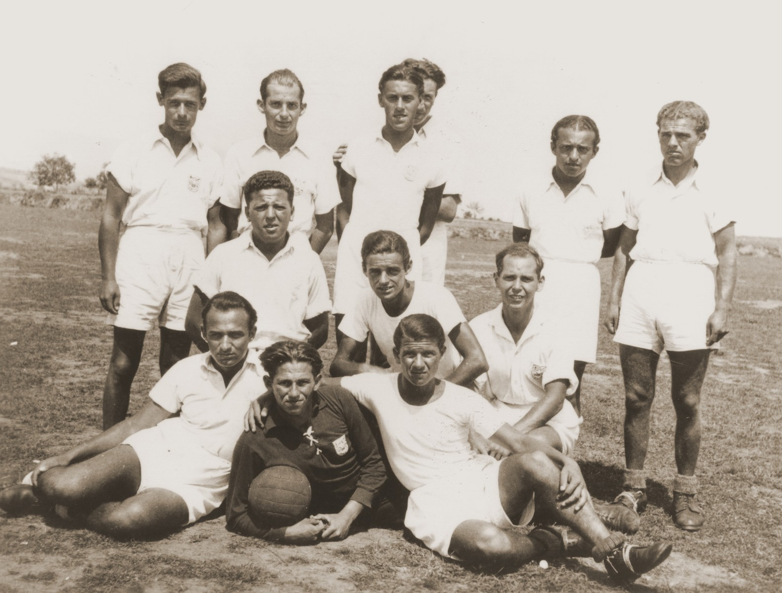 A sports team comprised of Jewish youth from the Kladovo transport.