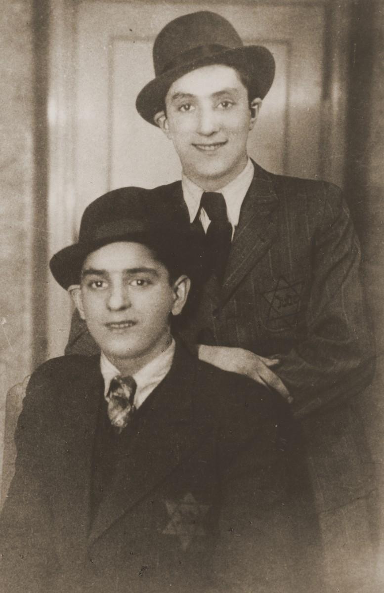 Portrait of David and Aaron Jakobowicz wearing Jewish badges in Sosnowiec.