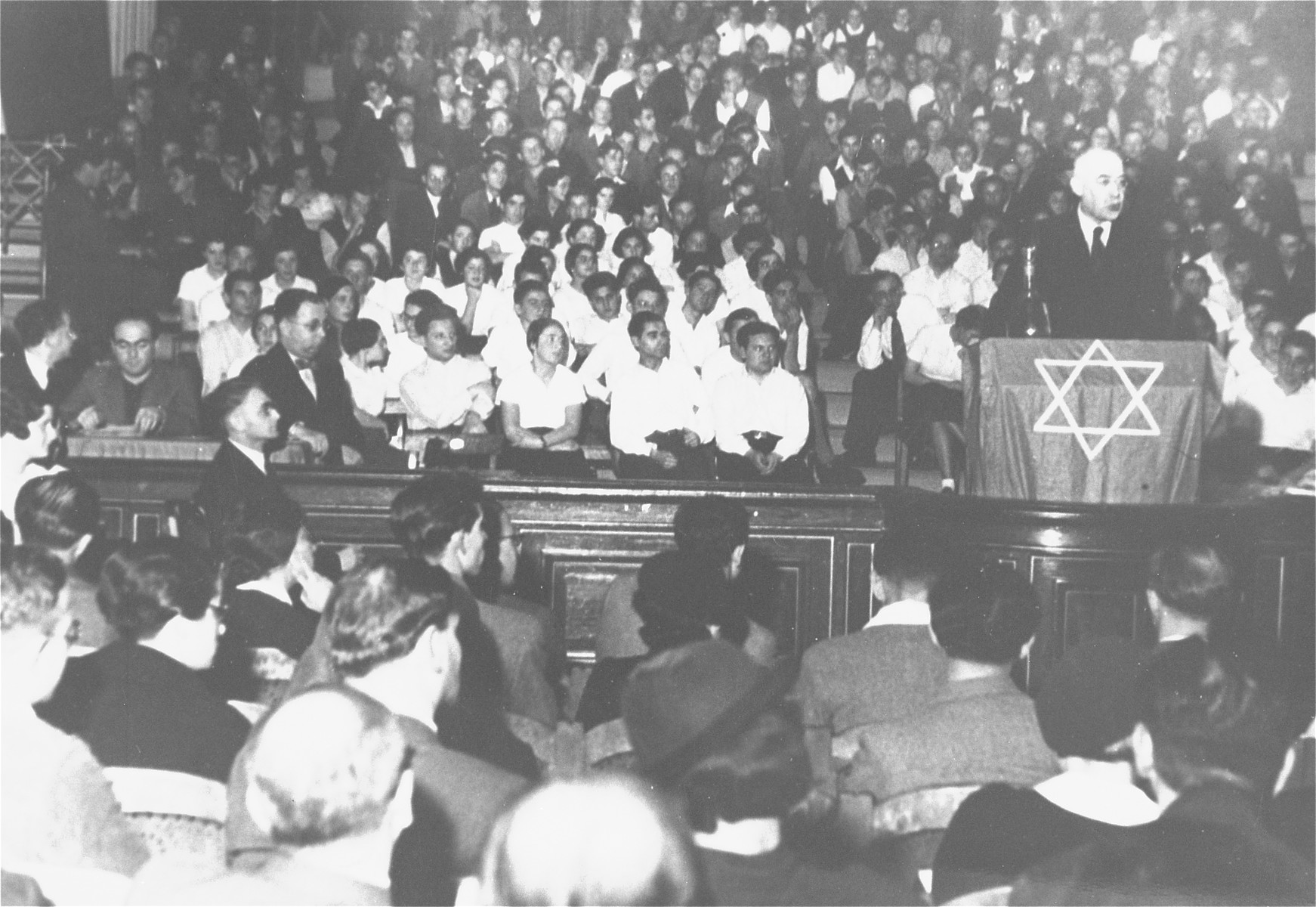 Rabbi Leo Baeck addresses a meeting of German Jews in a synagogue in Berlin.