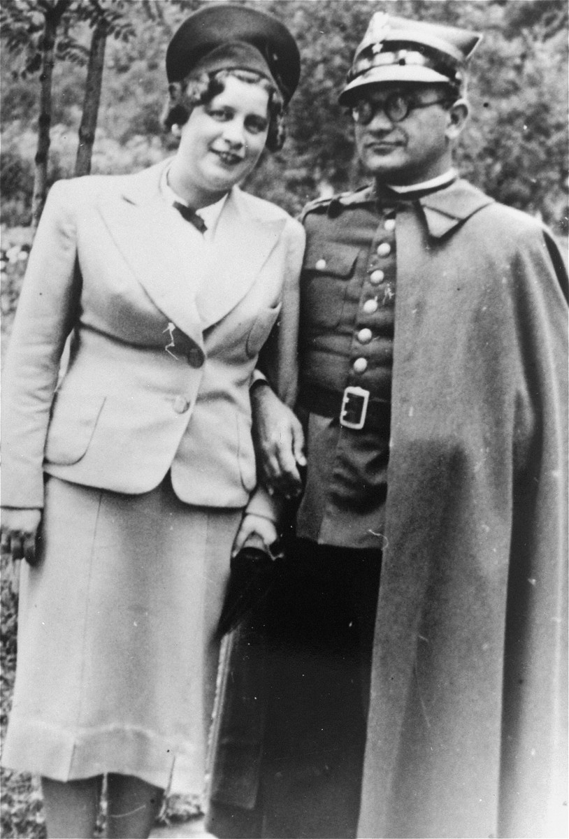 Chief Rabbi of the Polish Army, Boruch Steinberg, poses with a women.   Rabbi Steinberg was later killed in Katyn massacre.