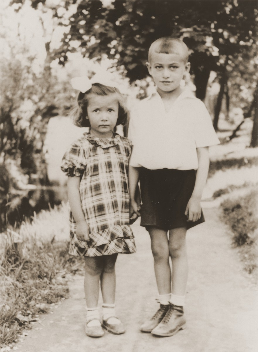 Portrait of Aaron Yermus, age six, with his cousin Rivka.