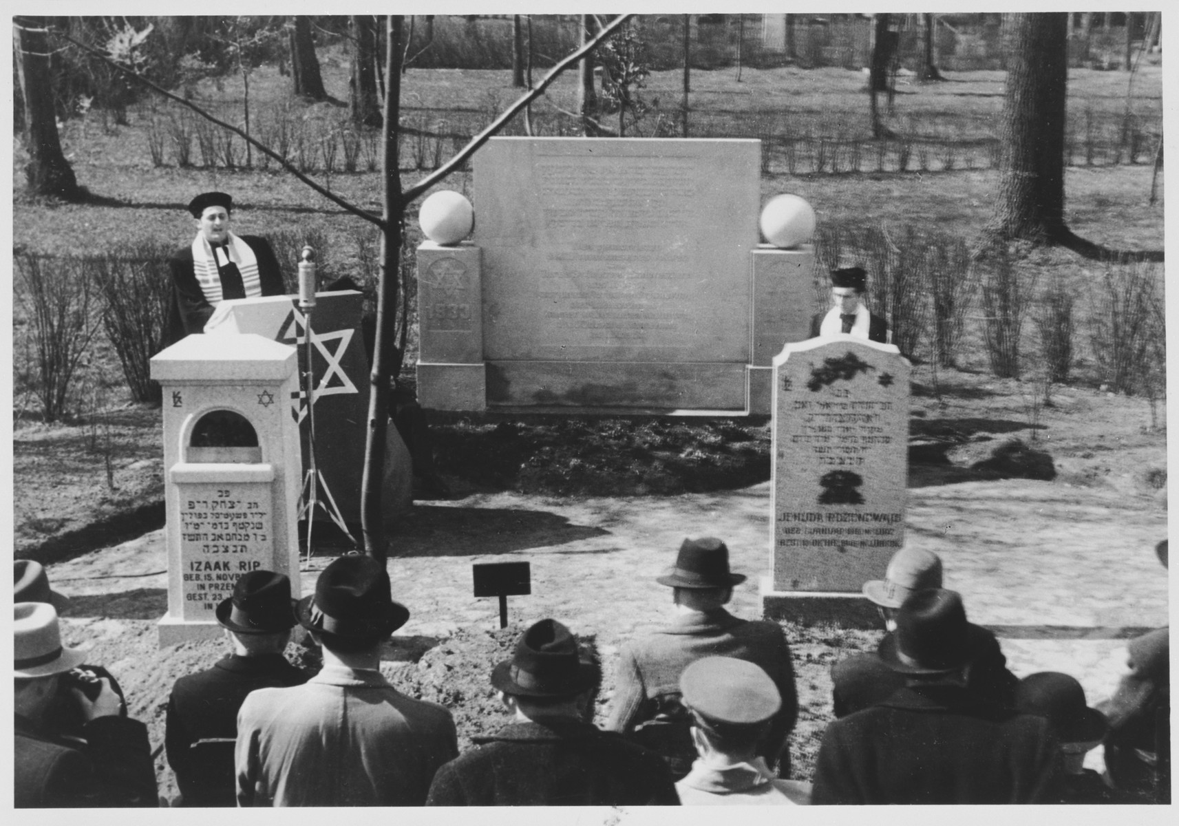 A rabbi delivers a speech at the rededication ceremony of the Jewish cemetery in Luebeck.