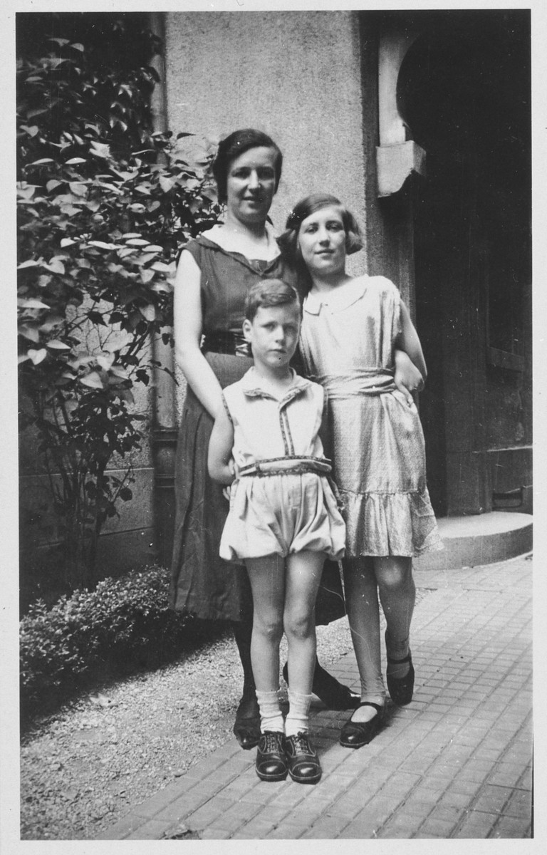 Paula Schwab poses with her two children Gerd and Margot in Freiburg, Germany.
