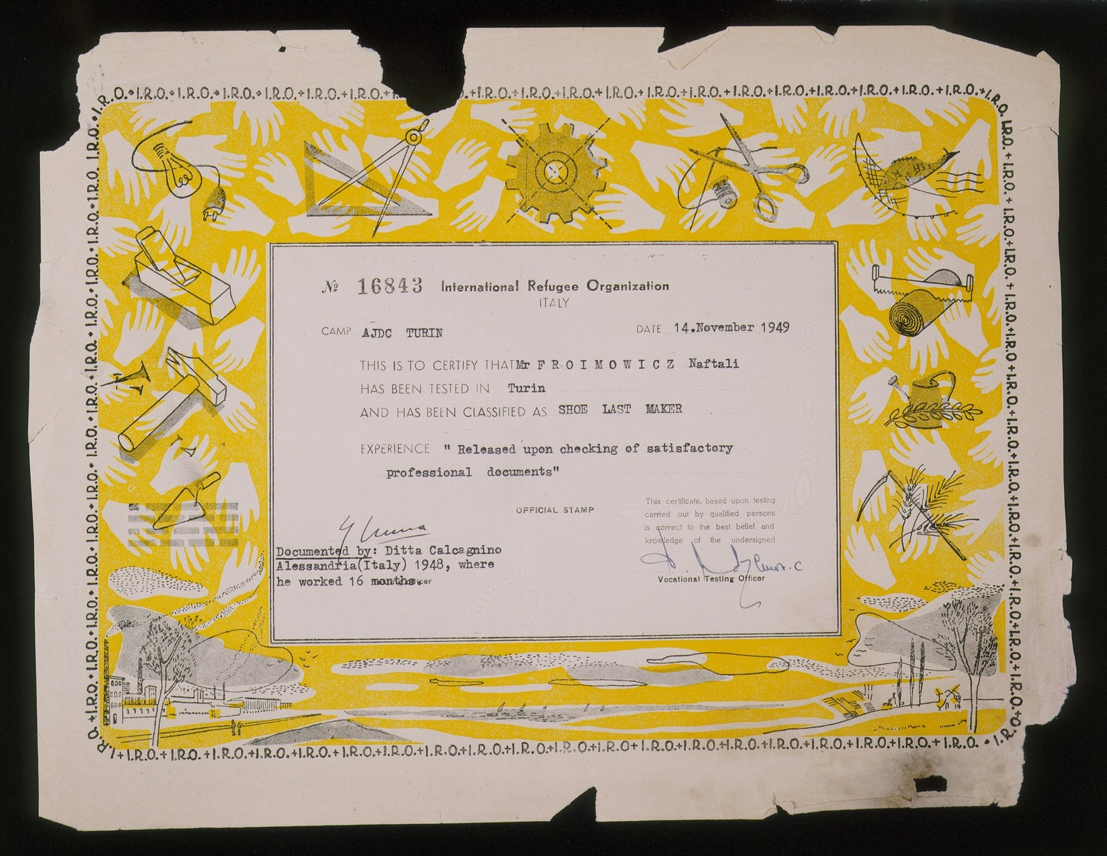 A diploma from International Refugee Organization (IRO) certifying that Naftali Froimowicz is trained as a shoemaker.