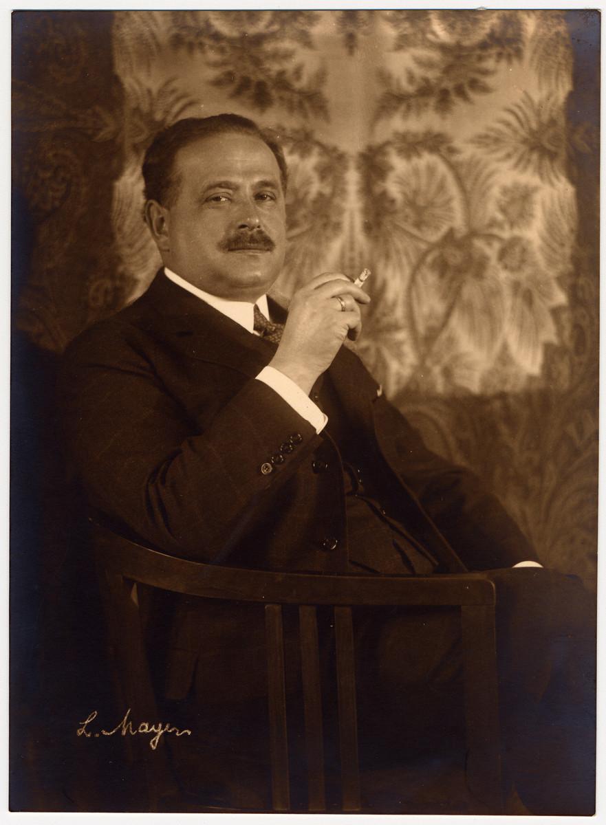 Studio portrait of a Czech Jewish businessman shortly before his death.  Pictured is Dr. Gottlieb Morawetz.