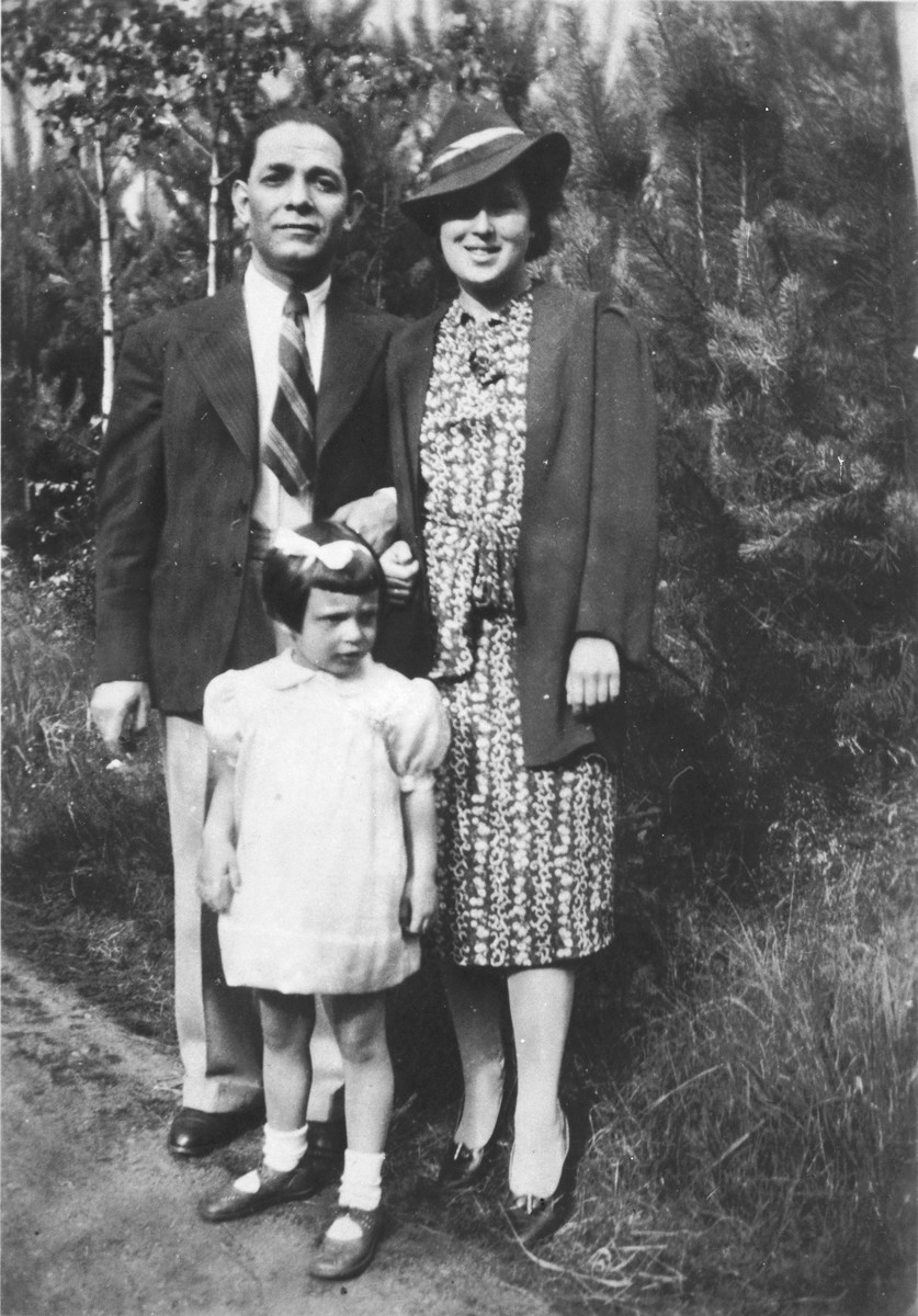 Family portrait of a German-Jewish family.  Pictured are Max, Bertha and Ruth Bild.