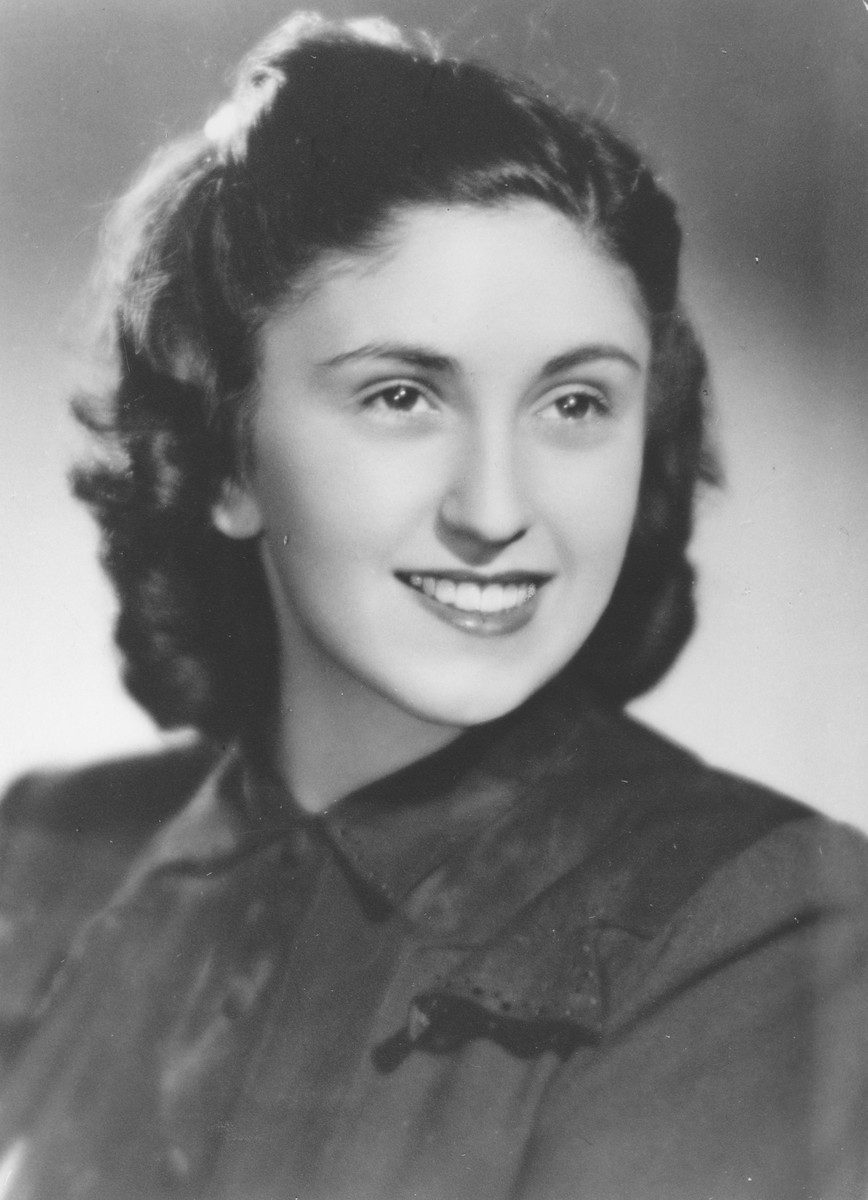 Portrait of Elizabete Winterstein taken before her deportation to Theresienstadt.