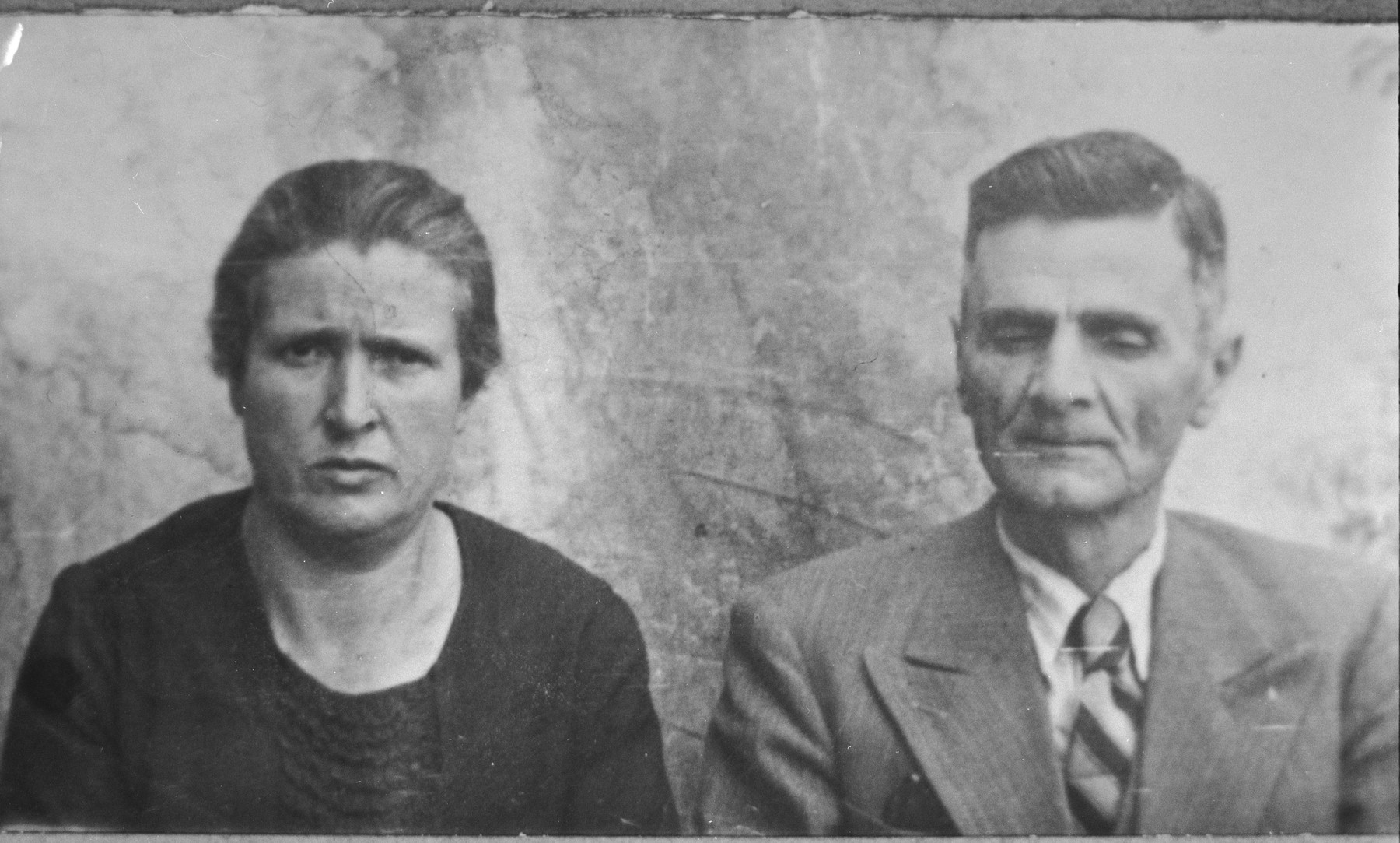 Portrait of Yakov Sarfati and his wife, Hana.  Yakov was an agent.  They lived at Dalmatinska 70 in Bitola.