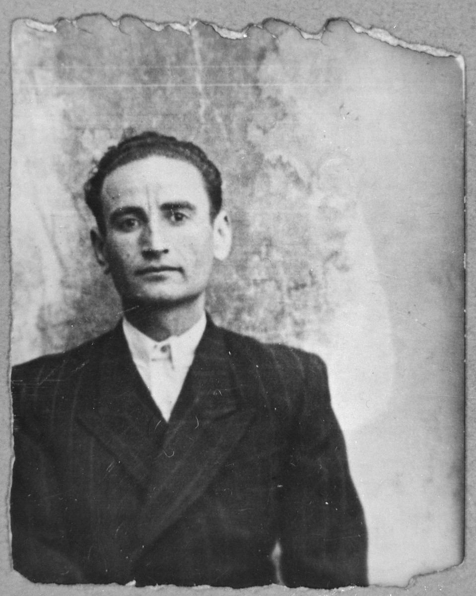 Portait of Shimon Russo, son of Yosef Russo.  He was a dental tech.  He lived at Asadbegova 2 in Bitola.