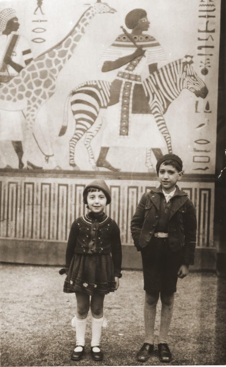 Joseph and Benita Schadur at the zoo in Antwerp.