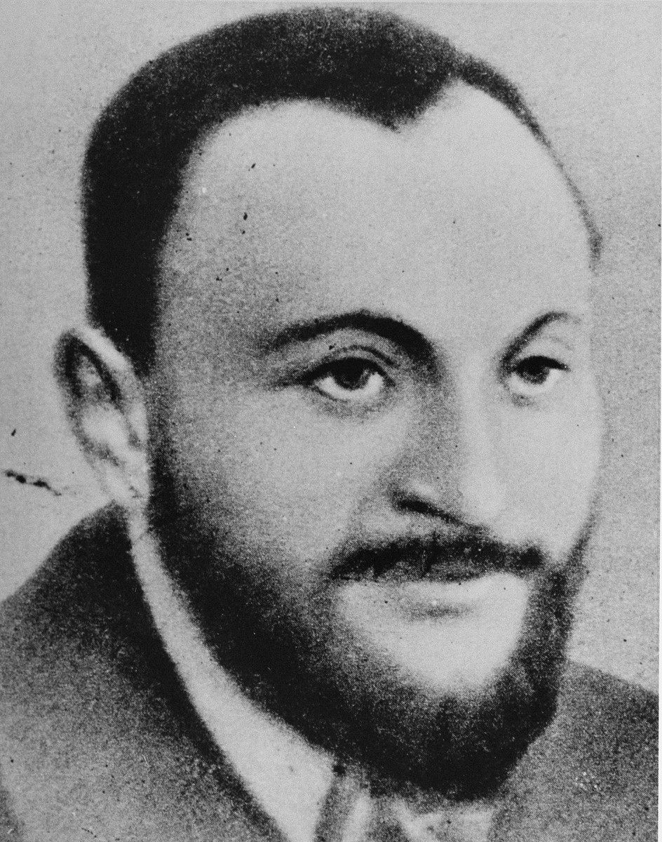 Portrait of Rabbi Shimon Hoberband, who was involved in the activities of Emanuel Ringelblum's Oneg Shabbat archives in the Warsaw ghetto.