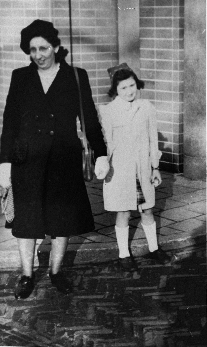 Lina Kaufmann brings her daughter Marion back to Amsterdam with her after each had hidden separately during the war.