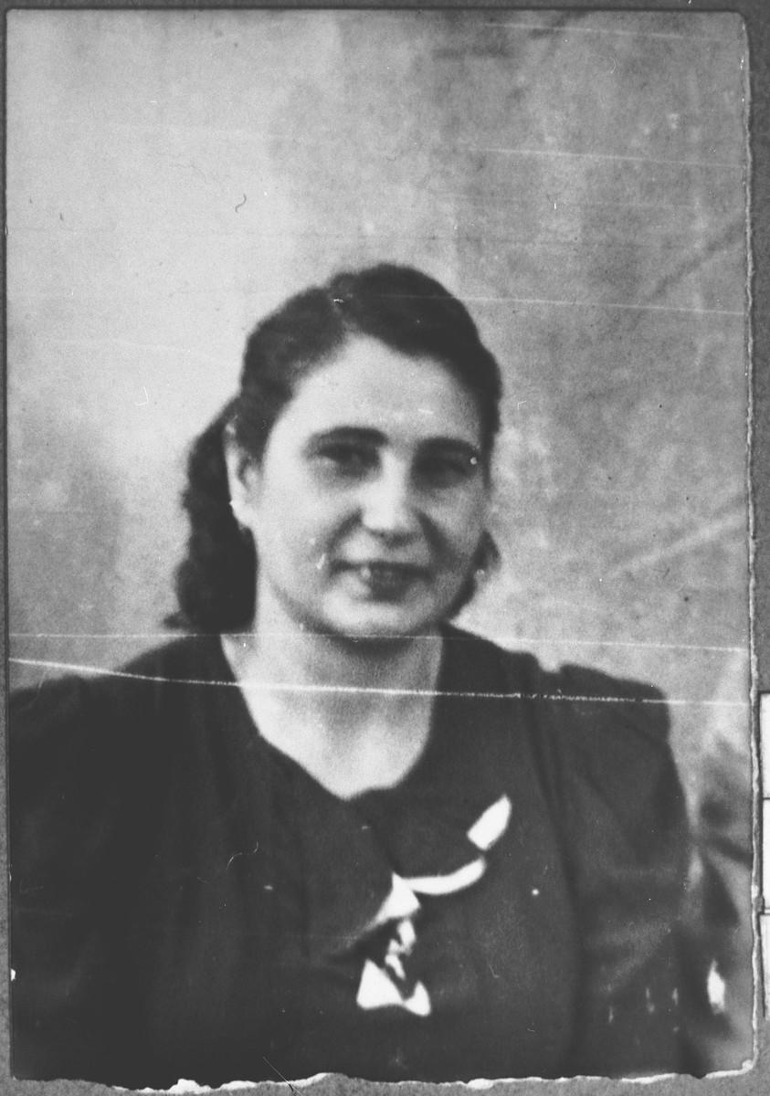 Portrait of Ana Kamchi, wife of Mois Kamchi.  She lived at Gostivarska 2 in Bitola.
