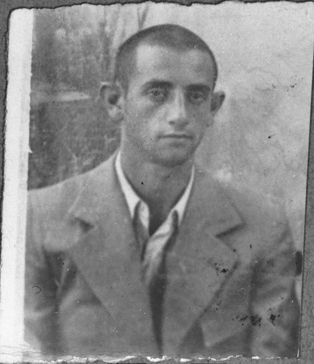 Portrait of Isak Kamchi, son of Mushon Kamchi.  He was a student.  He lived at Skopyanska 76 in Bitola.