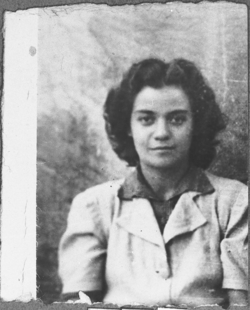 Portrait of Mathilda Kamchi, daughter of Mushon and Rebeka Kamchi.  She was a student.  She lived at Skopyanska 76 in Bitola.