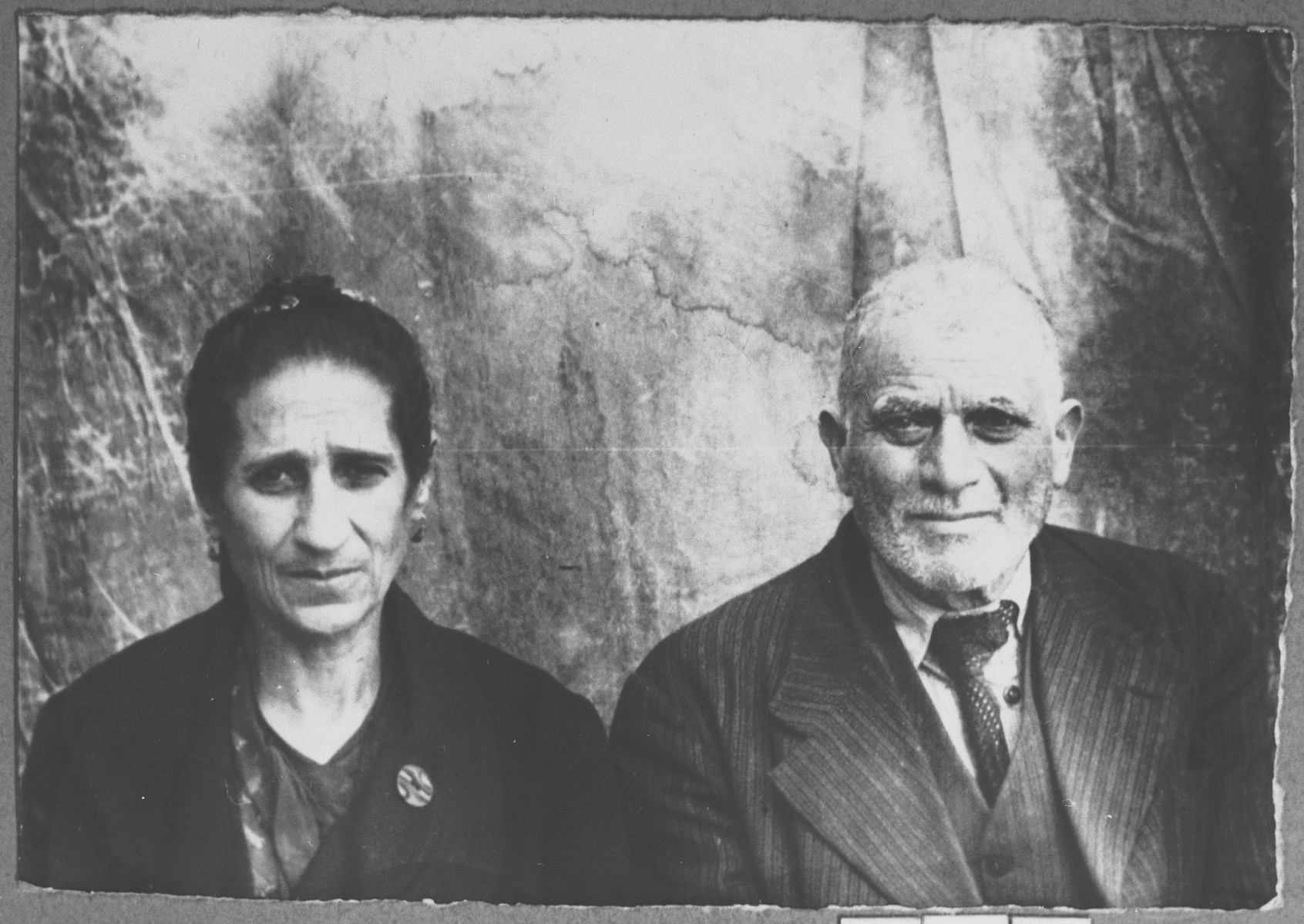 Portrait of Mentesh Kamchi and his wife, Berta.  They lived at Banatska 11 in Bitola.