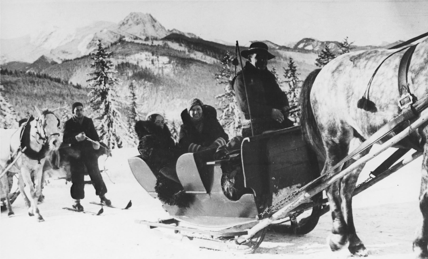 Jewish youth enjoy a sleigh ride in Zakopane, during the winter Maccabi games.