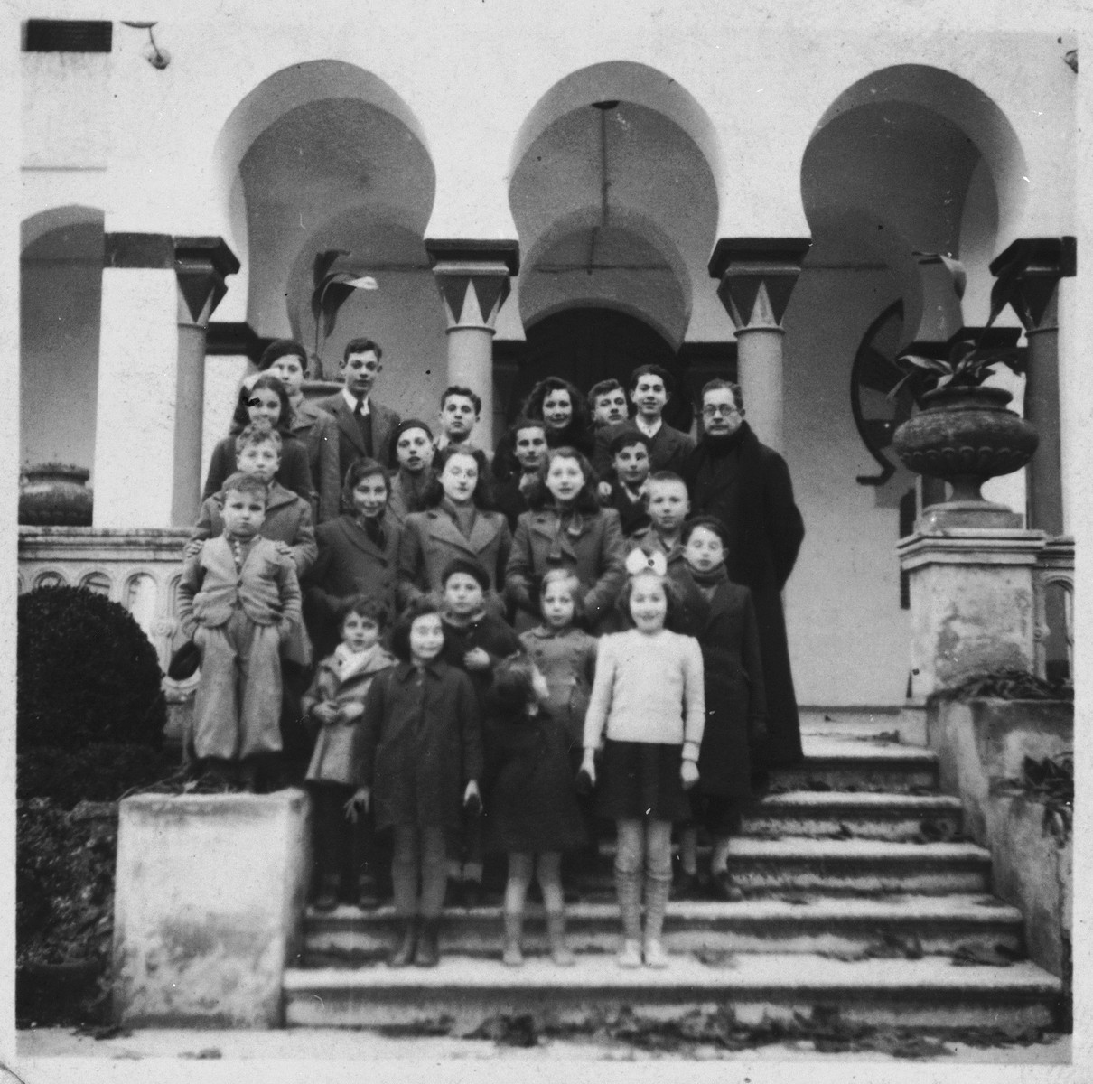 Jewish refugee children in Caldas de Malavella.  Among those pictured is Michel Margosis.