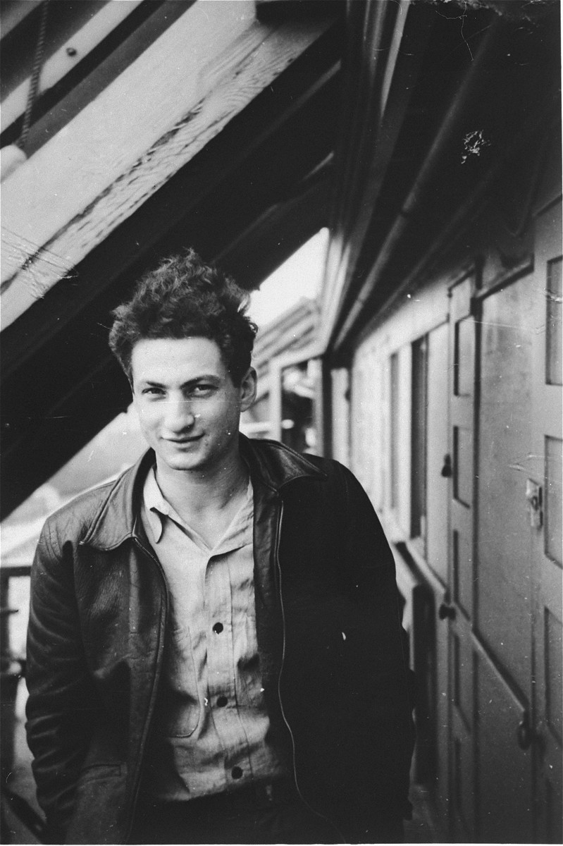 Portrait of Bernard Marks, a crew member of the President Warfield/Exodus 1947, on the deck of the ship before its departure for Europe.