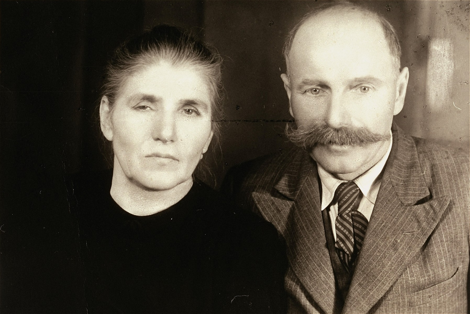 Portrait of Stanislaw and Anna Podsiadly, rescuers of the donor, Kurt Thomas [Ticho].    After escaping on foot from Sobibor, Thomas hid in the farmers' pigsty in a space above the ceiling, below the roof of the shack.  He stayed there from October 21, 1943, until July of 1944.  Stanislaw and Anna Podsiadly were honored as righteous gentiles in Warsaw.