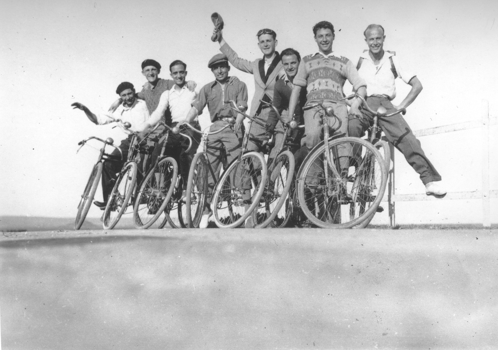 Group portrait of members of the Maccabi Jewish sports club on a bicycle trip in Salonika.  Among those pictured is Samuel Rouben.