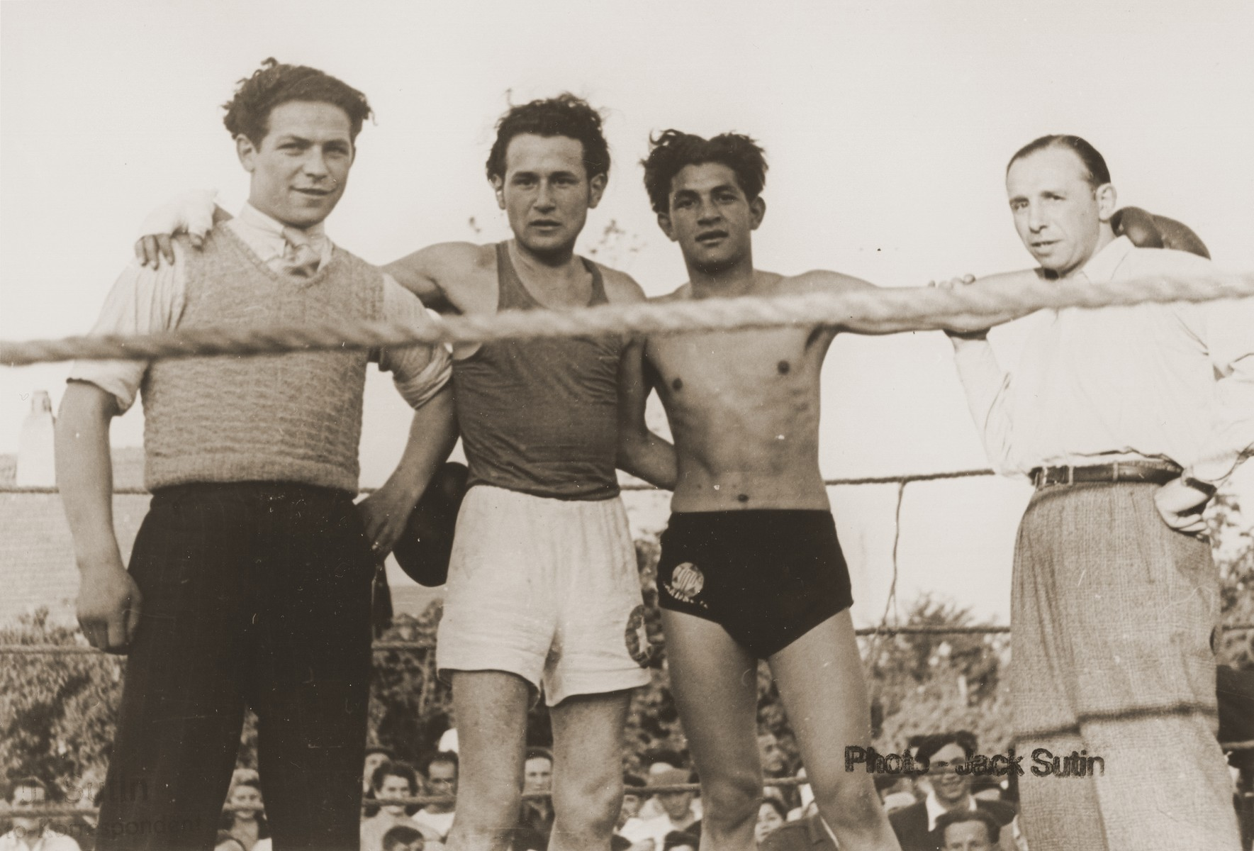Boxing match in the Neu Freimann displaced persons camp.