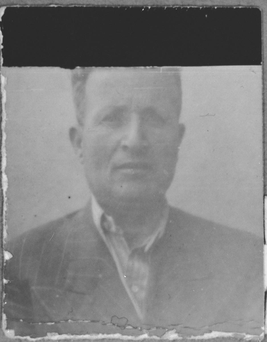 Portrait of Ely Kalderon, son of Haim Kalderon.  He lived at Dalmatinska 61 in Bitola.