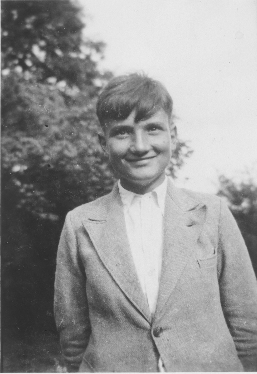 Portrait of Jewish refugee child Hans Stern outside the Chabannes children's home.