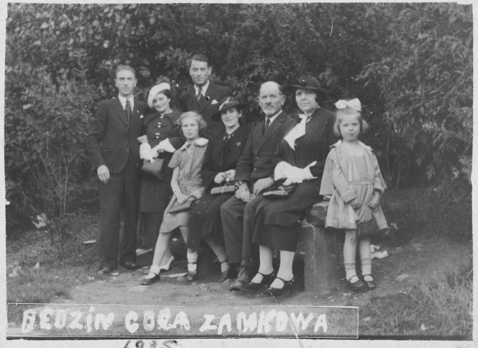Prewar portrait of the Kaufman family of Bedzin.  Pictured are Simcha (Syrulek) Kaufman, Vera Pfeffer, David Kaufman, Lea (Lola) Kaufman, Adela Kaufman, Moses Kaufman, Fela Pfeffer and Bala Kaufman.