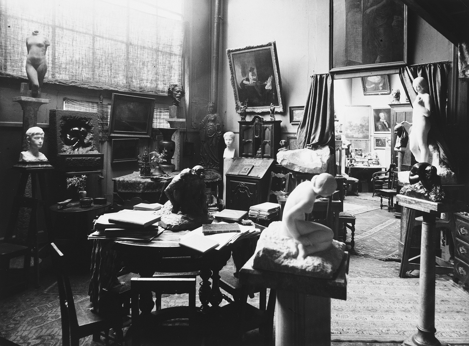 View of the studio of sculptor Naum Aronson.