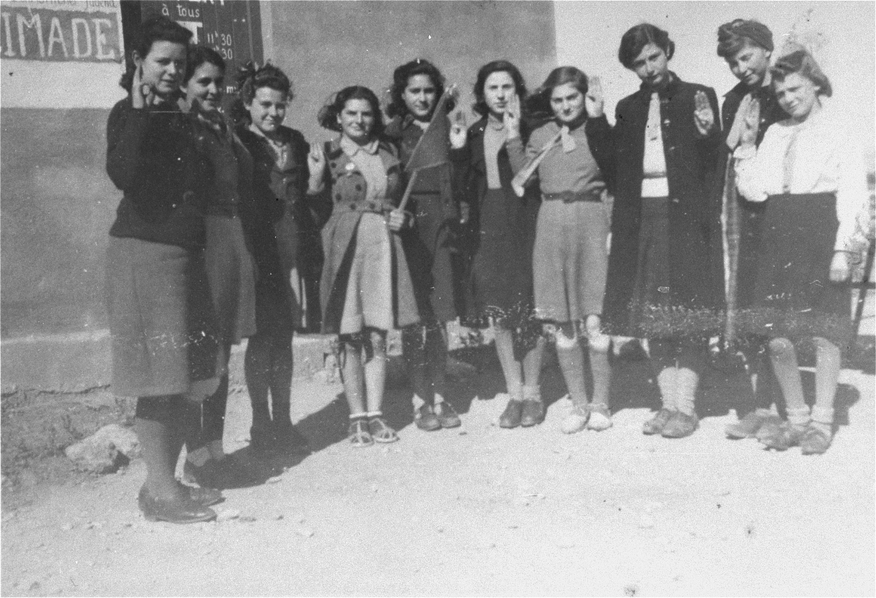 A girl scout troop organized by Simone Weil in the Rivesaltes transit camp.