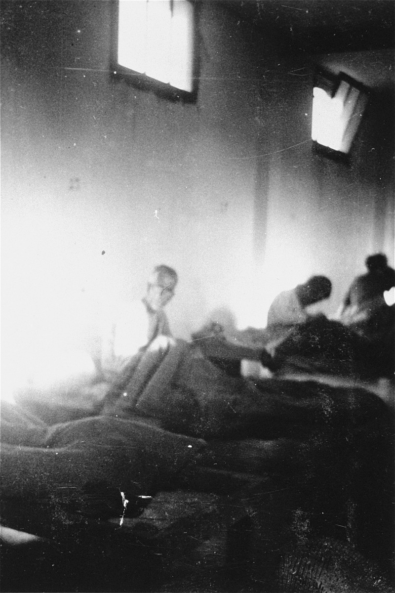 Prisoners in the infirmary of the Rivesaltes transit camp.