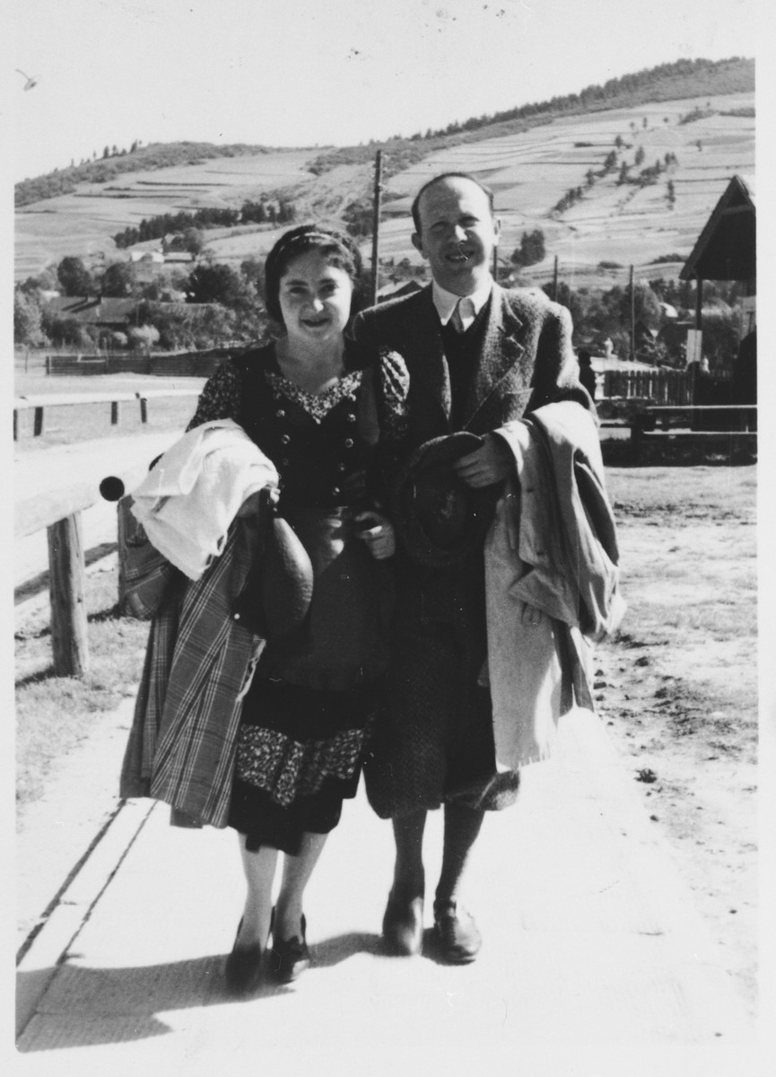 Leon and Dorota Reichman go for a walk on their honeymoon.