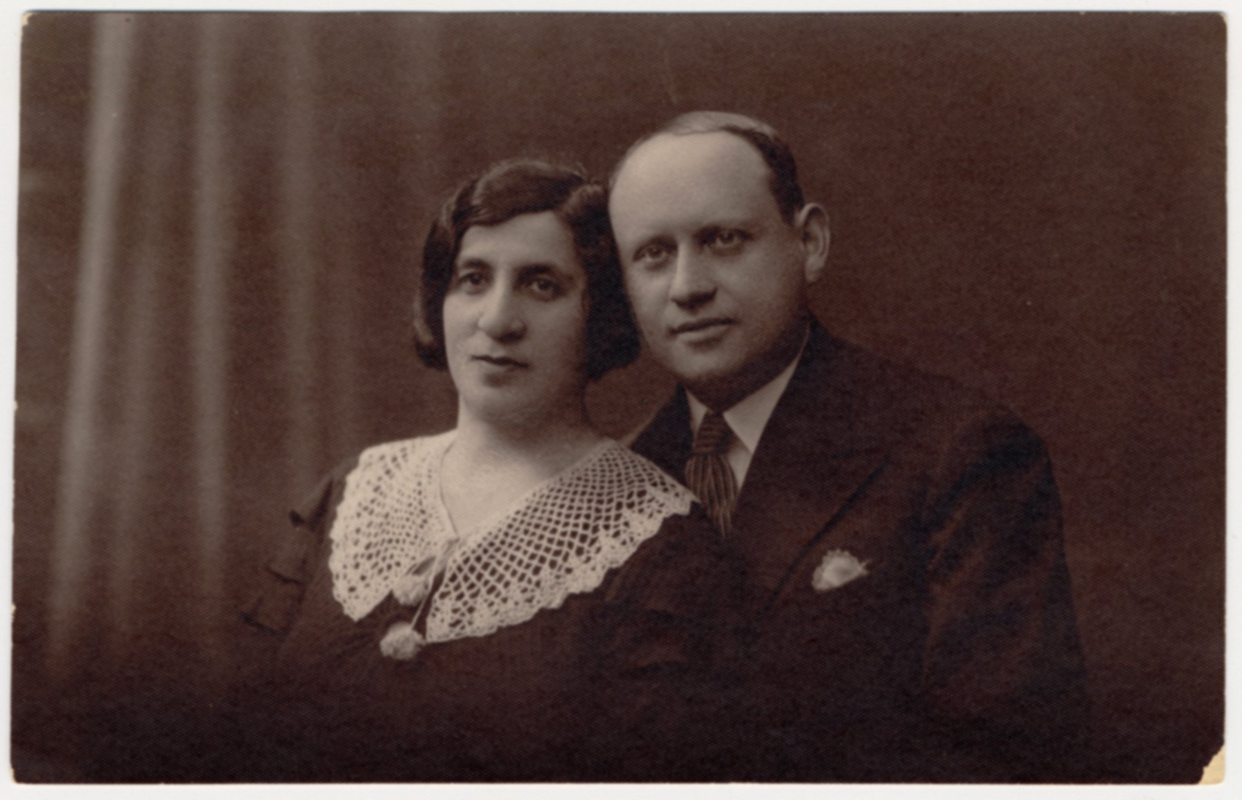Prewar studio portrait of a Polish Jewish couple who later perished in the Holocaust.  Pictured are Gruna nee Suchowolsky and her husband Yossel.