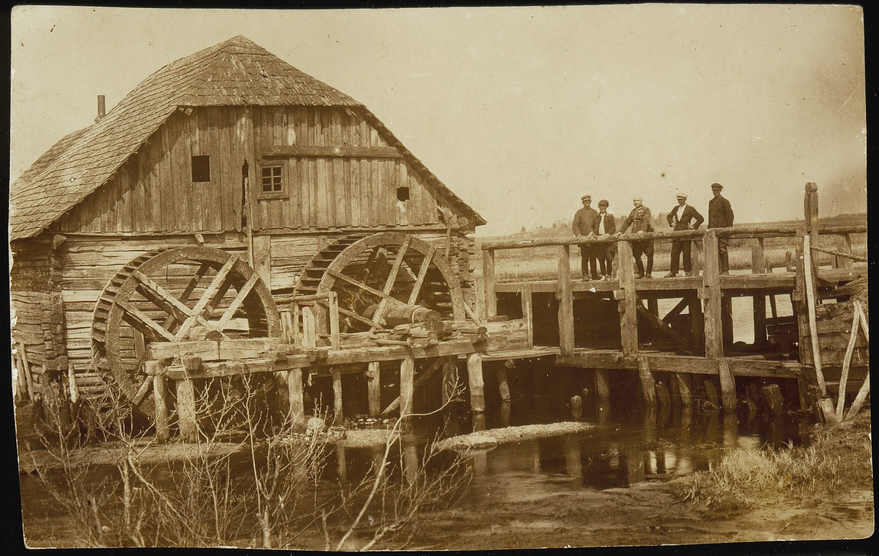 View of the old water mill in Eisiskes, where peasants and shtetl people milled their grain for centuries.