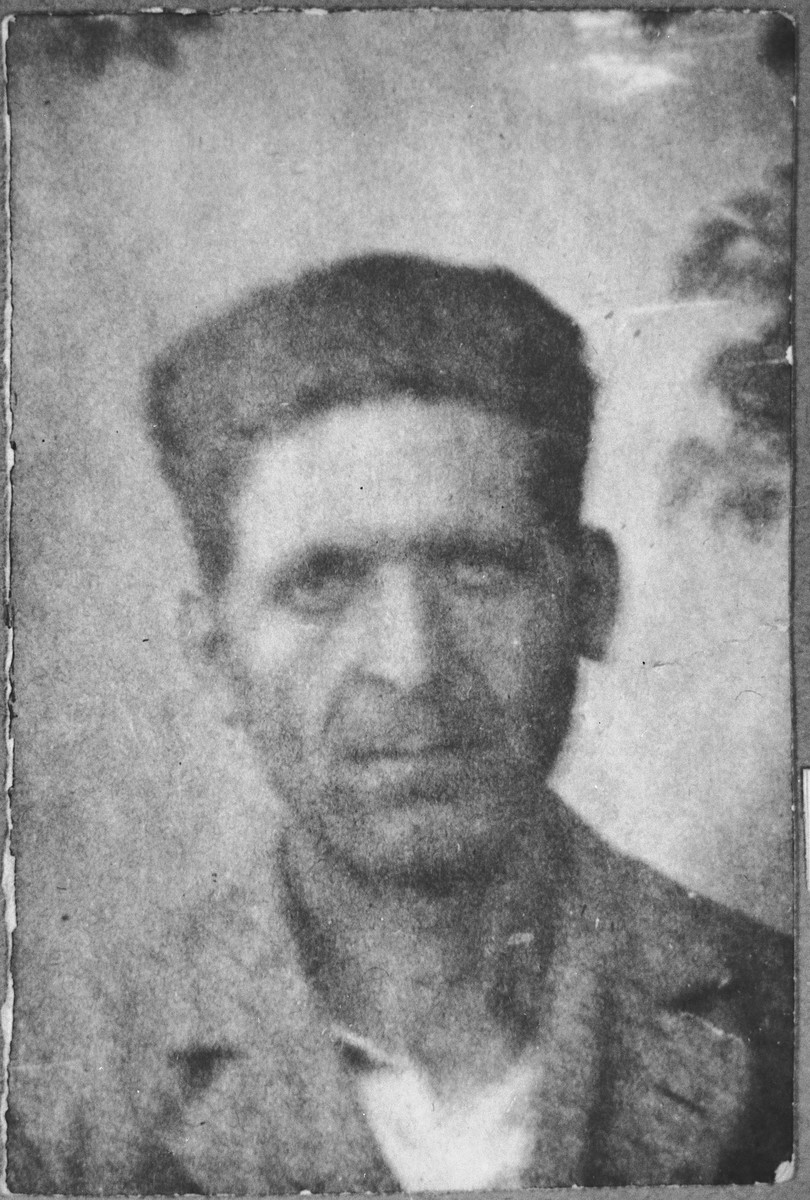 Portrait of Avram Benjakar, son of David Benjakar.  He was a laborer.  He lived at Putnika 131 in Bitola.