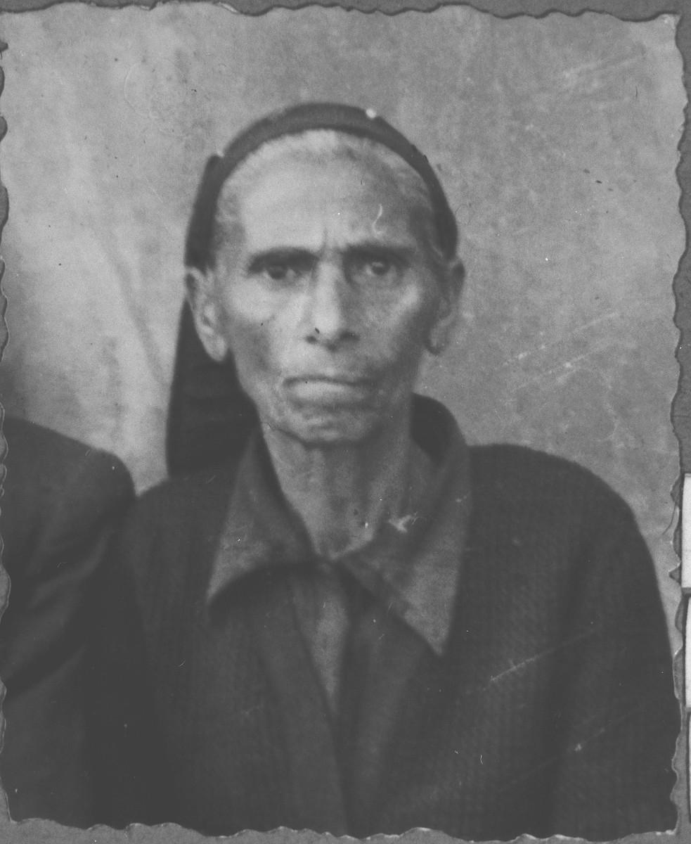 Portrait of Ester Eschkenasi, wife of Sava Eschkenasi.  She lived at Karagoryeva 91 in Bitola.