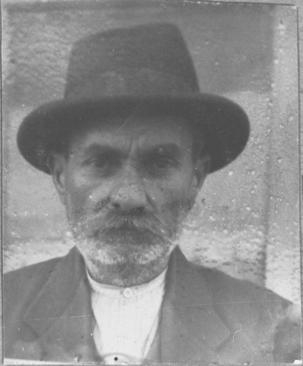 Portrait of Solomon Ergas.  He was a rentier.  He lived at Hertzegovatska 48 in Bitola.
