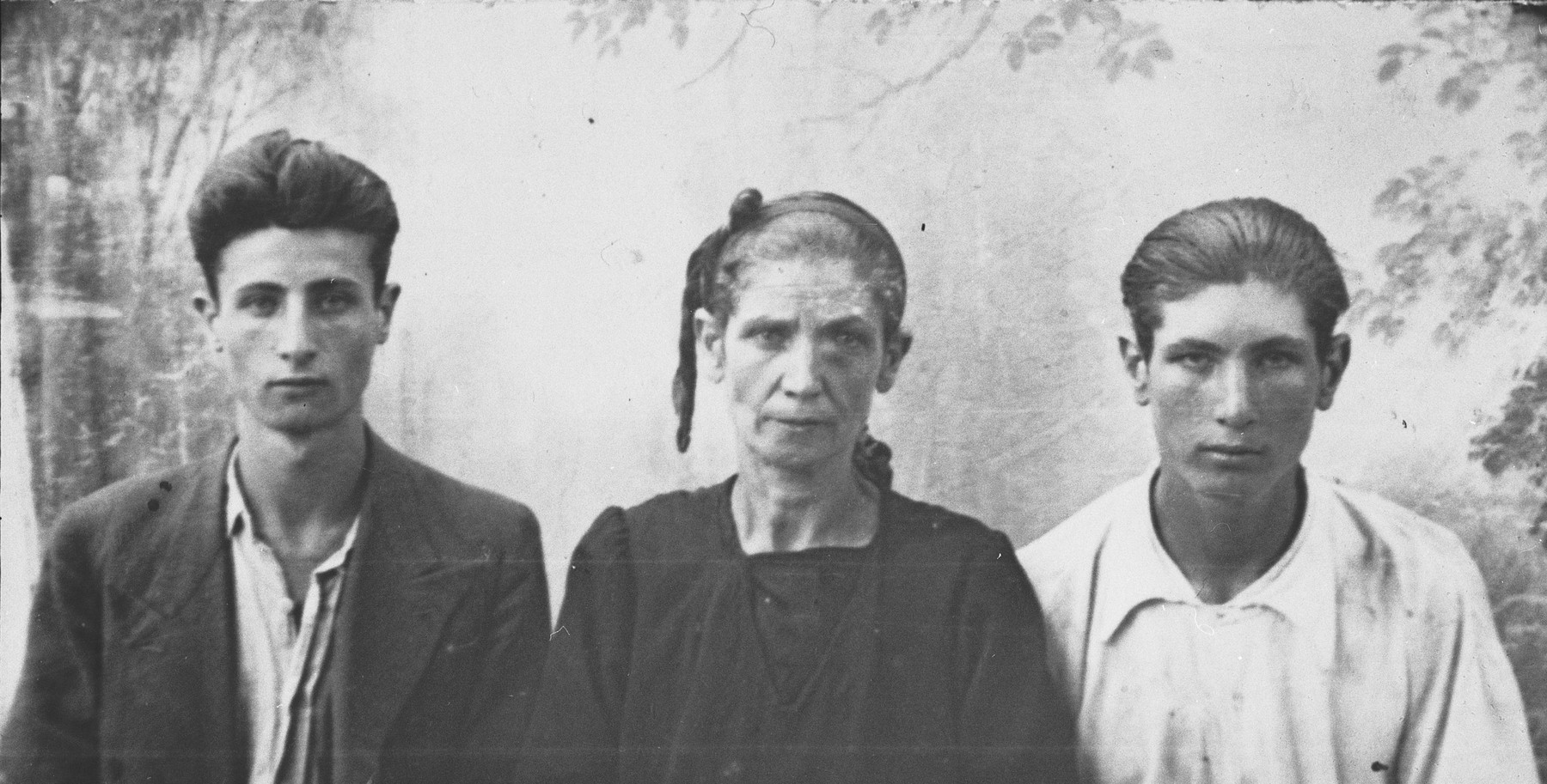 Portrait of Buena, Simon, and Avram Geron.  Simon and Avram were students.  They lived at Skopyanska 68 in Bitola. (patronymic-all: Haim)