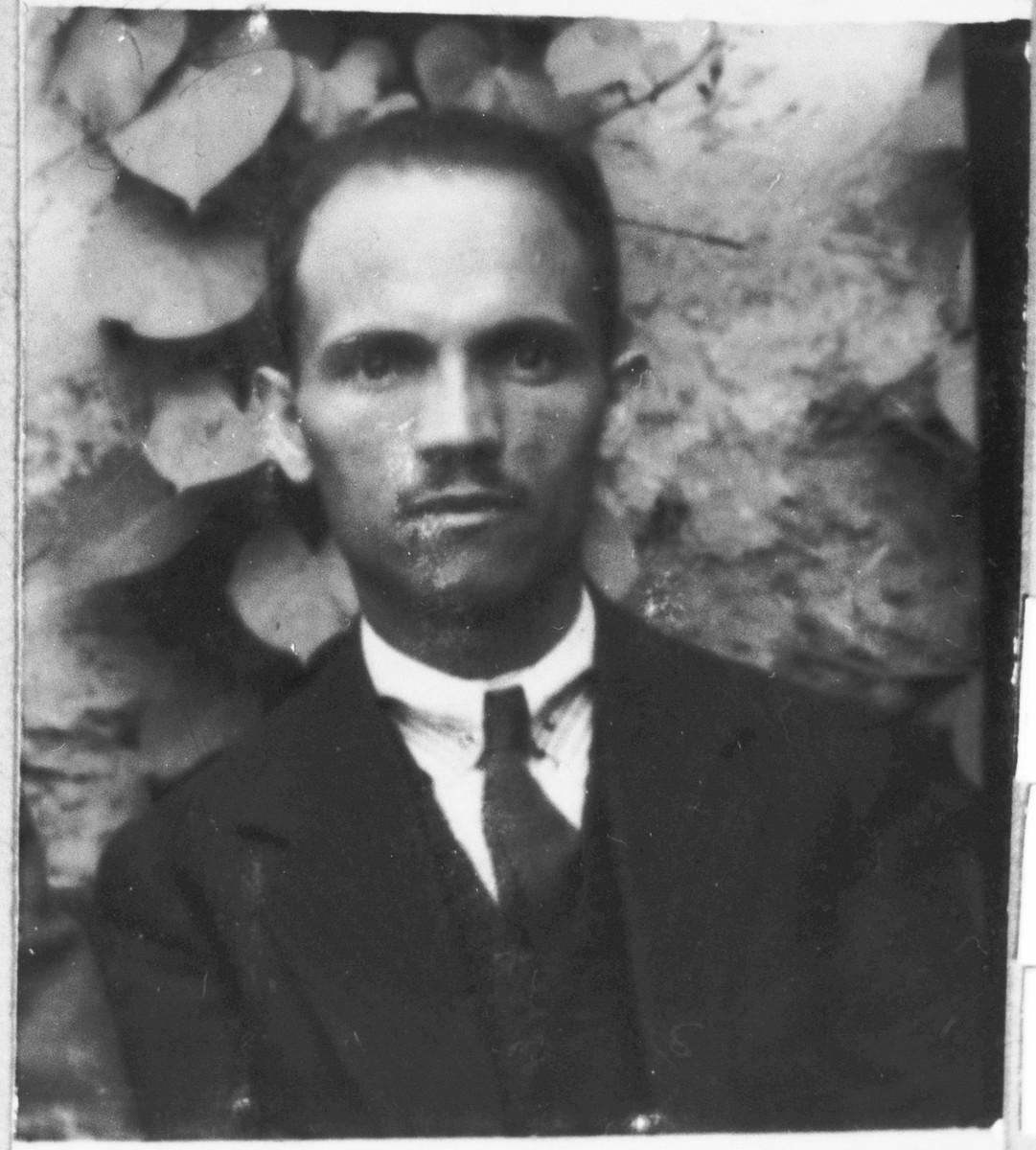 Portrait of Avram Aruti, son of Mushon Aruti.  He was a jeweler.  He lived at Novatska 16 in Bitola.