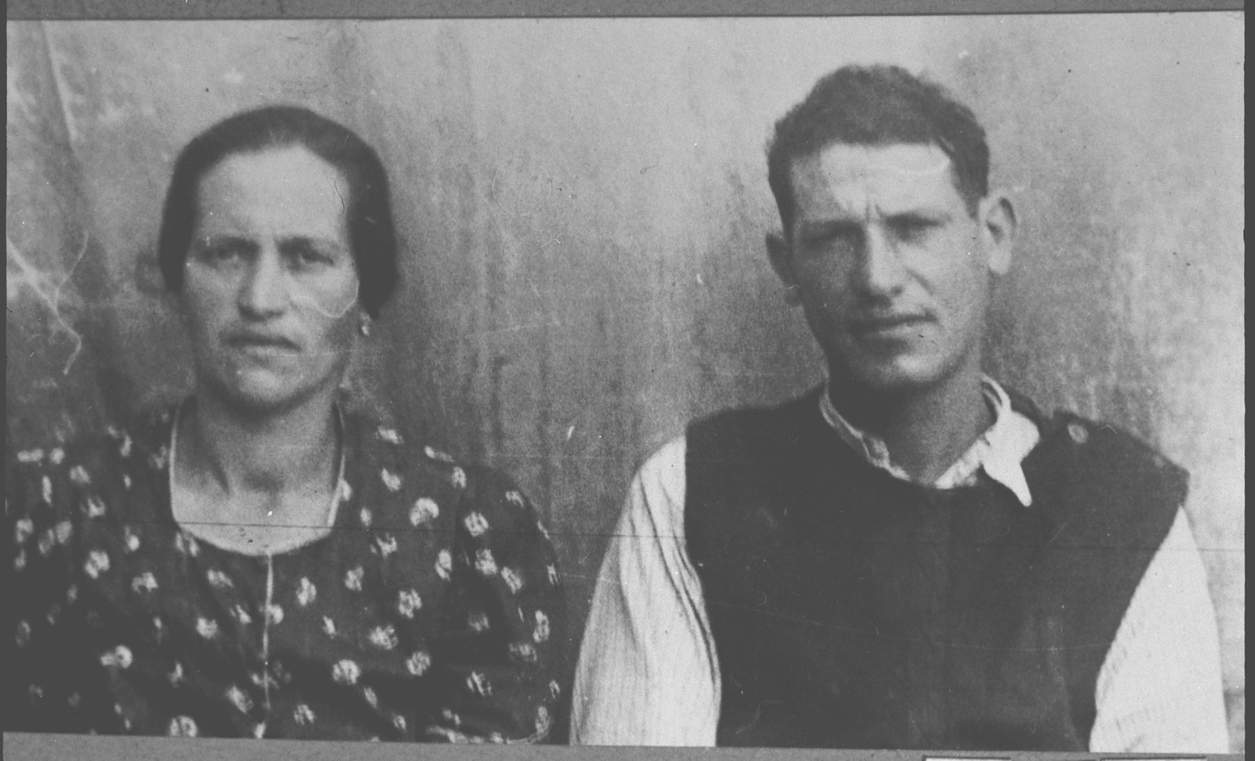 Portrait of Masliach Eschkenasi, son of Isak Eschkenasi, and his wife, Raschel.
