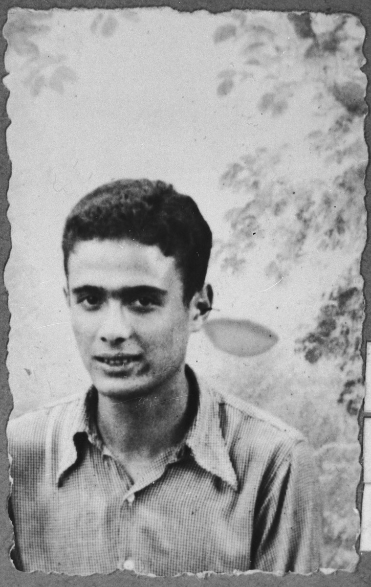 Portrait of Isak Assael, son of Shabetai and Arnesta Assael.  He was a student.  He lived at Sremska 9 in Bitola.  Isak Assael's brother Haim Assael immigrated to Chile in the early 1930s.  He tried to bring Isak to Chile, but he was deported in March 1943.